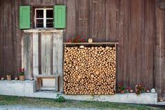 Estante de madera Fotografía de archivo