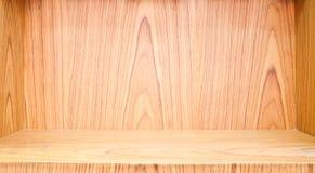 Estante de madera vacío Fotografía de archivo libre de regalías