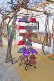 Estante de sombreros en los ángeles imágenes de archivo libres de regalías