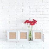Estante decorativo imágenes de archivo libres de regalías