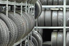 Estante del neumático Foto de archivo libre de regalías
