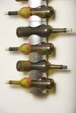 Estante del vino fotografía de archivo libre de regalías