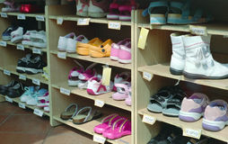 Estante del zapato Imagenes de archivo