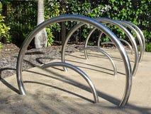 Estantes de bicicleta del acero inoxidable Imagenes de archivo