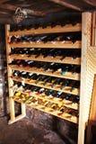 Estantes del vino Fotos de archivo libres de regalías