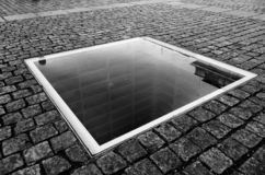 Estantes vacíos - un monumento fotos de archivo libres de regalías
