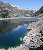 Estany de Cavallers dans les Pyrénées espagnols Images stock