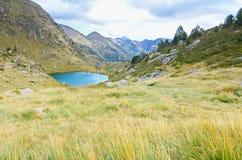 Estany de Mes Amunt - un des trois lacs de Tristaina Photo libre de droits