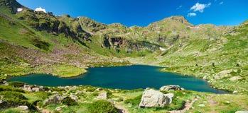 Estany del Mig Lacs Estanis de Tristaina Tristaina l'andorre photographie stock