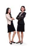 Estar novo bem sucedido das mulheres de negócios imagens de stock