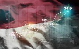 Estatística crescente 2019 financeiro contra a bandeira de Mônaco imagens de stock