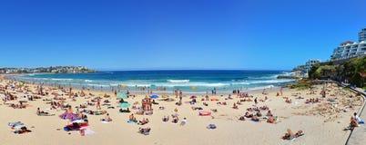 Estate alla spiaggia di Bondi Immagini Stock Libere da Diritti