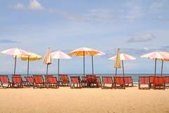 Estate calda sulla spiaggia tropicale Immagini Stock Libere da Diritti