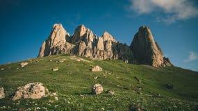 Estate grande del paesaggio delle rocce della montagna di Thach Immagine Stock Libera da Diritti