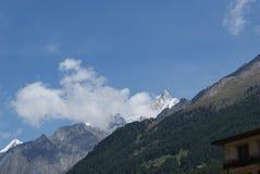 Estate nelle alpi svizzere - Monte Rosa, macchina per colata continua, Polux, il Cervino - ghiacciai alpini Immagini Stock Libere da Diritti
