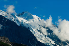 Estate nelle montagne svizzere - alpi di Bernese Fotografia Stock Libera da Diritti