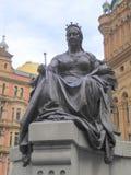 Estatua al aire libre del monarca que se sienta foto de archivo libre de regalías