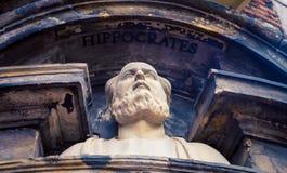 Estatua Amsterdam de Hipócrates fotos de archivo libres de regalías