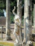 Estatua antigua antigua en el chalet Adriana, Tivoli Roma Fotografía de archivo libre de regalías