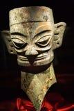 Estatua antigua de bronce China de la máscara Fotos de archivo