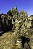 Estatua antigua de la ruina en el templo de Bayon fotografía de archivo libre de regalías