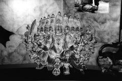 Estatua antigua de Ravana fotos de archivo