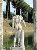 Estatua antigua en el chalet Adriana, Tivoli Roma Fotografía de archivo