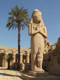 Estatua antigua en el templo de Karnak Fotografía de archivo libre de regalías