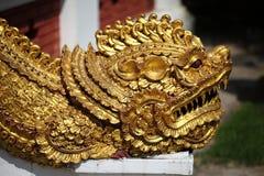 Estatua antigua tailandesa del dragón Fotos de archivo libres de regalías