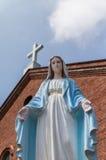 Estatua bendecida de la Virgen María en la iglesia de Kurosaki Fotos de archivo libres de regalías
