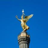 Estatua Berlín de Victoria imagenes de archivo