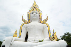 Estatua blanca del budda Foto de archivo