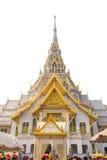 Estatua budista en la provincia o de Chachoengsao del templo de Wat SoTorn Imagenes de archivo