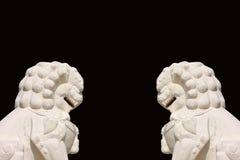 Estatua china de los leones cara a cara Imagen de archivo libre de regalías