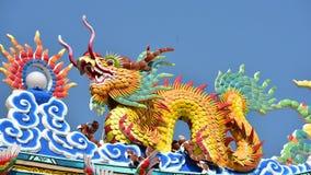 Estatua china del dragón de la cultura Arte chino en cultura del chino de Tailandia Imagen de archivo libre de regalías