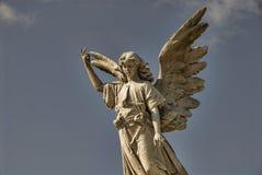 Estatua coa alas del ángel Imágenes de archivo libres de regalías