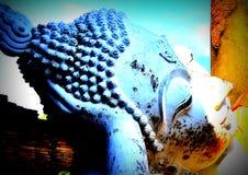 Estatua colorida de Buda fotografía de archivo libre de regalías
