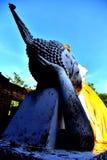 Estatua colorida de Buda fotografía de archivo