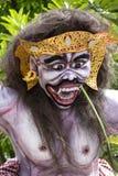 Estatua construida para el desfile de Ngrupuk, que de Ogoh-ogoh ocurre en incluso del día de Nyepi en la isla de Bali, Indonesia Imagen de archivo