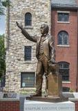 Estatua de bronce de George Alle en la madre Bethel African Methodist Episcopal Church, Philadelphia fotos de archivo