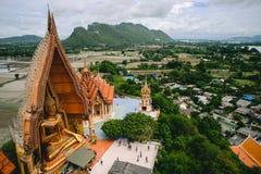 Estatua de Buda de Wat Tham Sua Fotografía de archivo libre de regalías