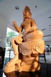Estatua de Buda, del monje y del animal sagrado Imagen de archivo