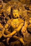 Estatua de Buda del oro en el templo Hangzhou Fotos de archivo libres de regalías