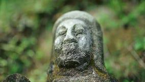 Estatua de Buda en el cierre de Asia del Sur encima de la visión almacen de metraje de vídeo