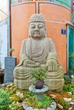 Estatua de Buda en la calle de Gwangbok en Busán, Corea Foto de archivo libre de regalías