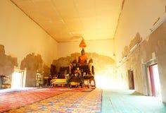 Estatua de Buda en monasterio en el templo Tailandia de Khun Samut Trawat Imágenes de archivo libres de regalías