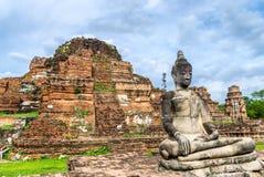 Estatua de Buda en Wat Mahathat, Ayuthaya, Tailandia. Imagenes de archivo