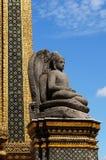 Estatua de Buda en Wat Phra Kaew Foto de archivo libre de regalías