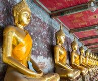 Estatua de Buda en Wat Suthat, Bangkok Foto de archivo