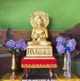 Estatua de Buda en Wat Thai Bodhigaya, la India Imágenes de archivo libres de regalías